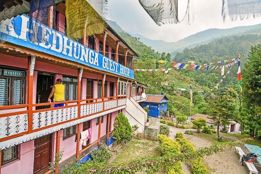 tikhe dhunga guest house